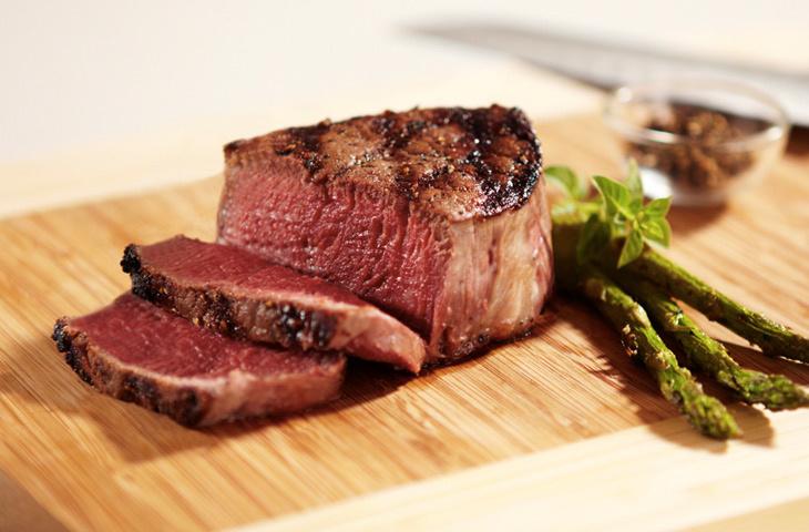 Филе-миньон стейк: как выглядит